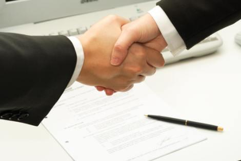 Chi nhánh công ty có ký được hợp đồng không